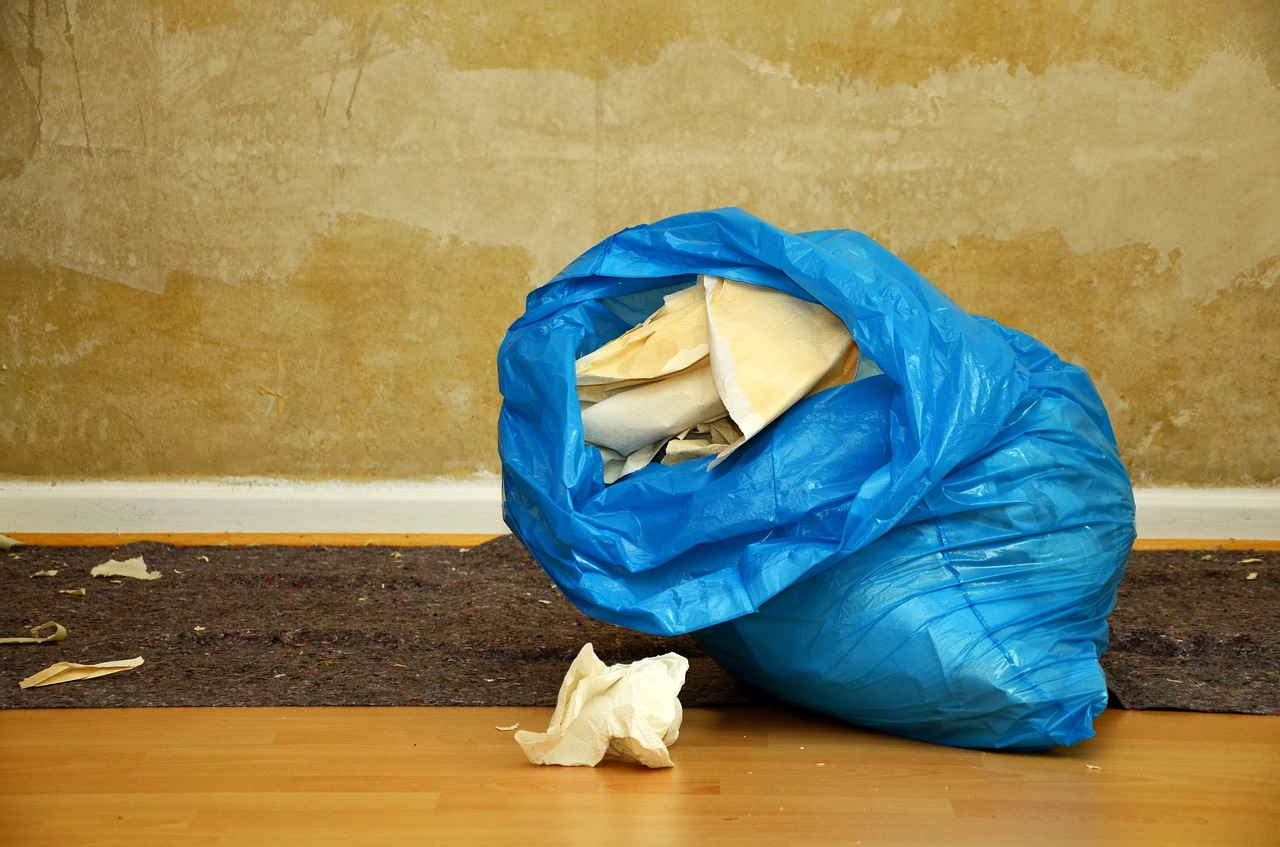 using a trash bag and other tips for decluttering