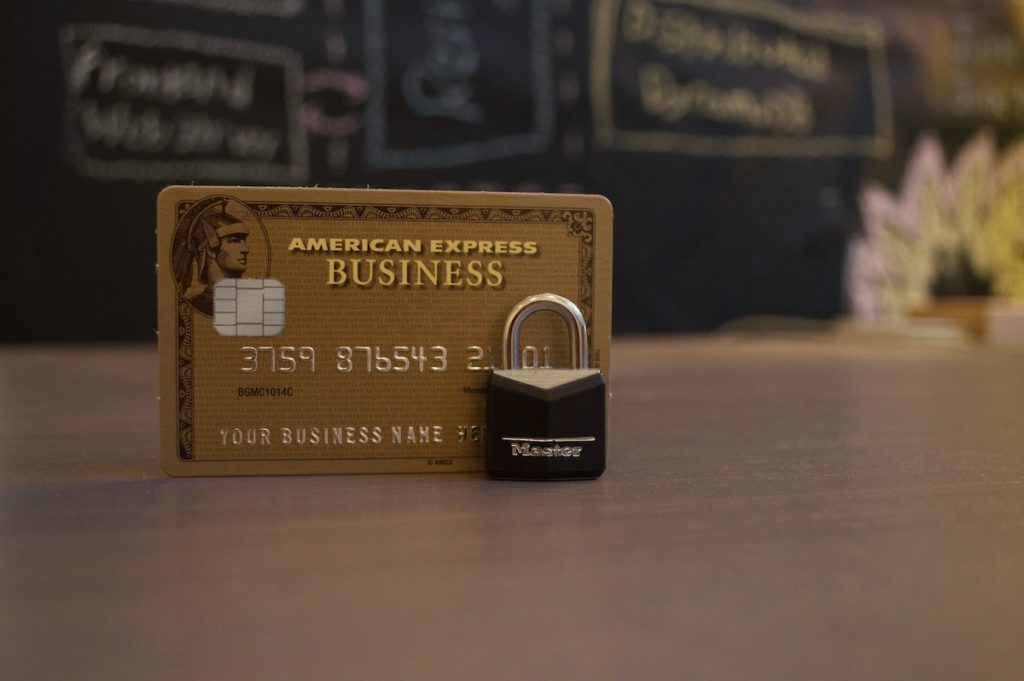 Credit card with a lock